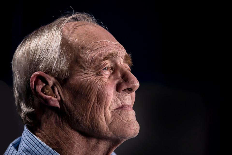 Des troubles de l'audition apparaissent progressivement avec l'âge