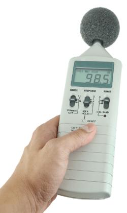 Des outils sont utilisés pour mesurer le bruit au travail