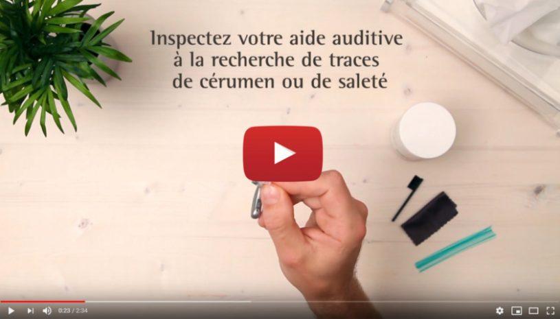 Tutoriel vidéo pour nettoyer vos aides auditives avec un tube fin de la marque Phonak