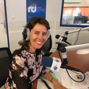 Emmanuelle Martin sensibilise à l'utilisation de protections auditives à la radio