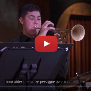 """Vidéo """"Finn Gomez - Sa vie d'adolescent musicien atteint de perte auditive"""" de la marque Phonak"""