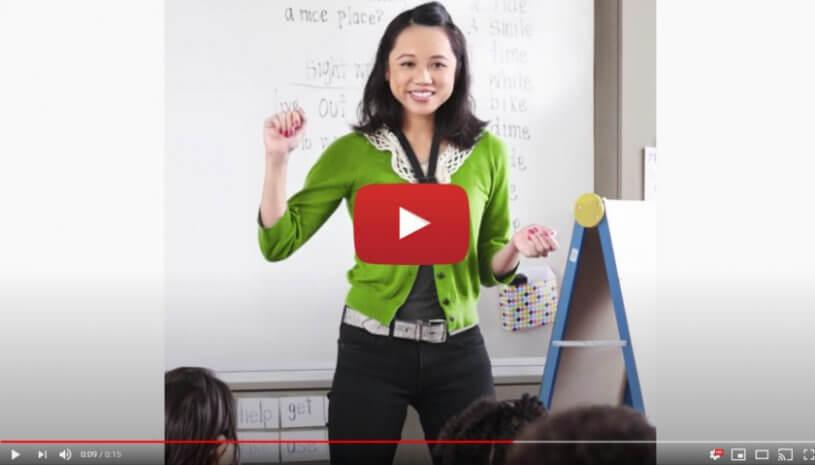 """Vidéo """"Phonak Sky™ Marvel, l'allié parfait de votre enfant pour la rentrée"""" de la marque PHONAK"""