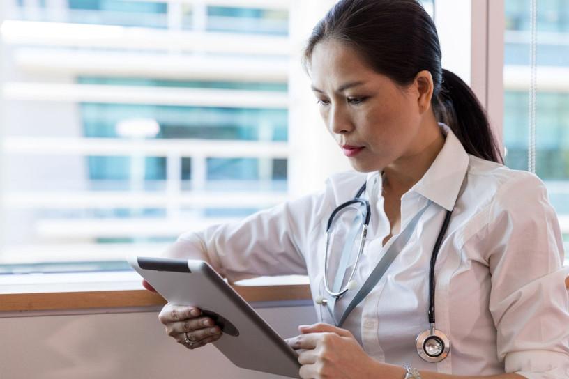 Votre médecin généraliste vous aide à tester votre audition
