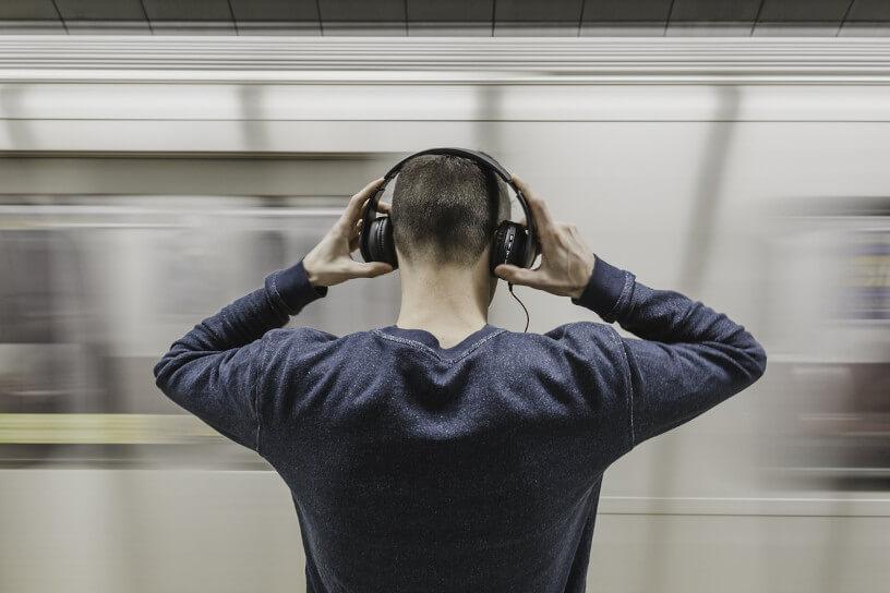 Prévenir la surdité avec la nouvelle campagne de prévention de la fondation pour l'audition