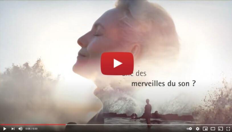 """Vidéo """"Le bruit des vagues qui s'écrasent contre les falaises ... avec Phonak Audéo™ Paradise"""" de la marque PHONAK"""